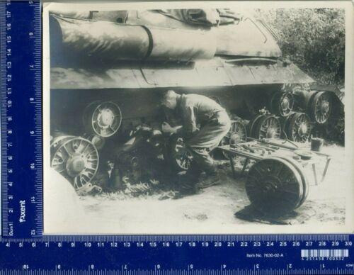 "Vintage Photo USSR tank ИС-3 «Щука» ""Joseph Stalin"" tankman Gun"