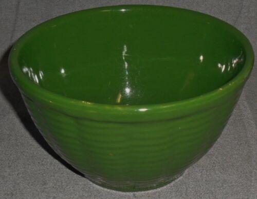 "Watt Pottery GREEN BASKETWEAVE DESIGN 7"" Mixing Bowl"