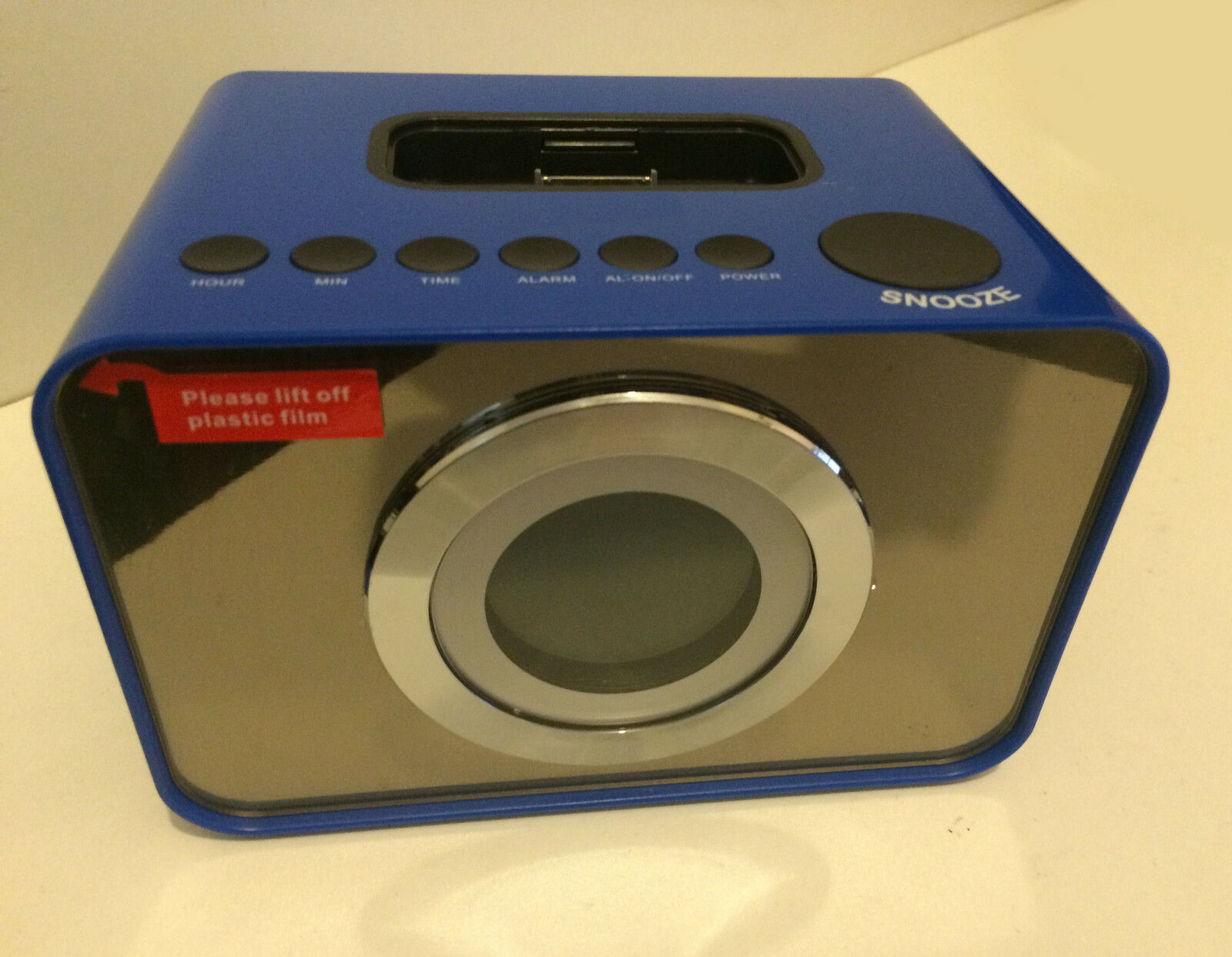 Curtis Ip288ukt Blue Digital Radio Alarm Clock Ipod Docking Station Amfm Snooze
