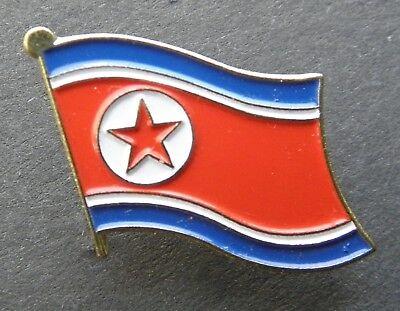 - NORTH KOREA SINGLE FLAG LAPEL PIN BADGE 1 INCH