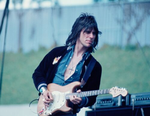 JEFF BECK in OAKLAND, CA Concert Photo by Steve Carlisle