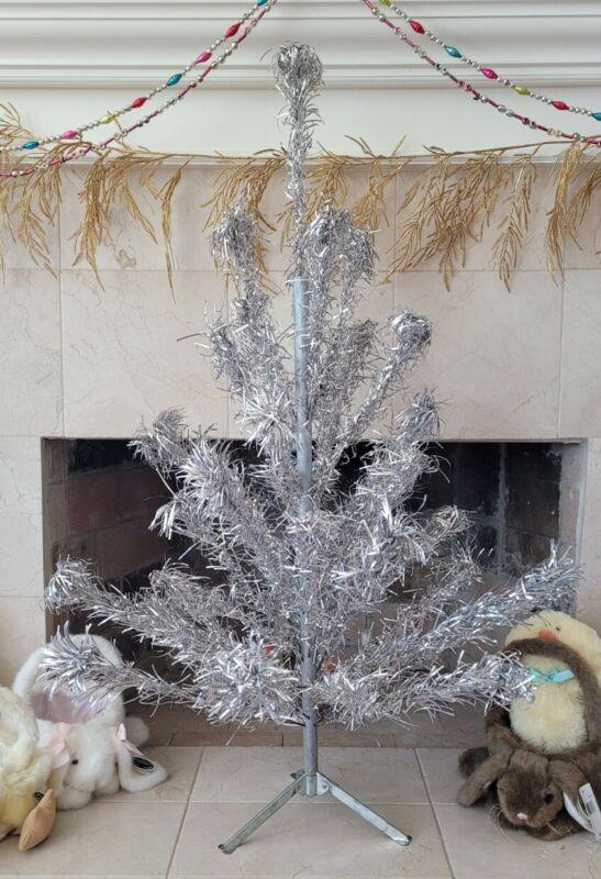 Vintage Pom Aluminum Christmas Tree 4