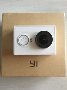 Action Cam Xiaomi Yi new in box with waterproof case