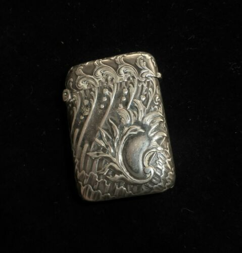 BEAUTIFUL ANTIQUE FRENCH REPOUSE STERLING SILVER VESTA CASE MATCHES - HALLMARKED