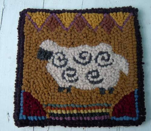 Very Primitive Sheep Rug Hooking KIT WITH #8 CUT WOOL STRIPS