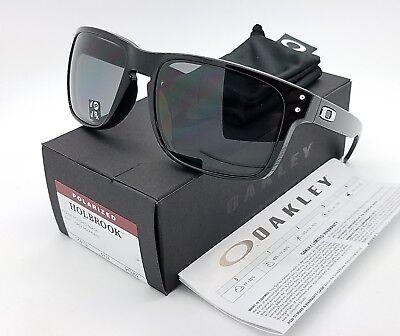 New Oakley Holbrook Sunglasses Polished Black Grey Polarized 9102 02 Authentic