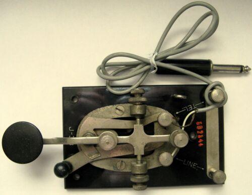 Type J-38 Telegraph Key Lionel ? Black Bakelite Base All Screws Turn Freely