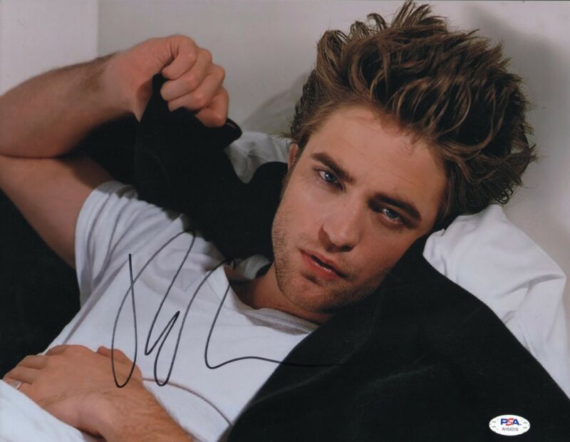 Robert Pattinson Signed 11x14 Photo Sexy Edward Twilight PSA DNA
