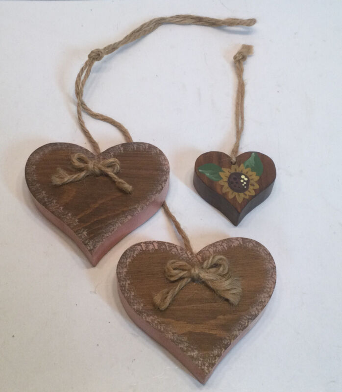 Wooden Farmhouse Hand Painted Heart Decorations Rustic Twine Hangers Sunflowers