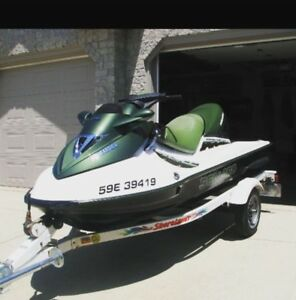 2002 bombardier gtx di low hours in mint condition!