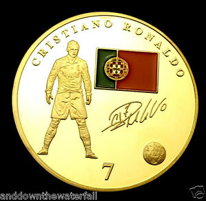 Cristiano-Ronaldo-Real-Madrid-Crest-World-Cup-2014-Gold-Coin-Portugal-Signed-USA