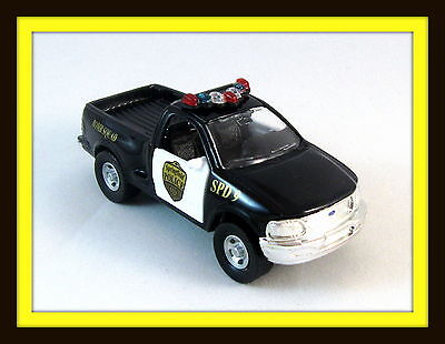 1998 FORD F-150 BOMB SQUAD POLICE CAR,MAISTO 1/46 DIECAST CAR COLLECTOR'S MODEL,
