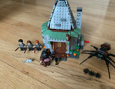 LEGO Harry Potter Hagrid's Hut 4738 Complete and Clean and with Instructions