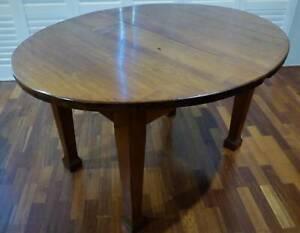 1920's Oak dining table