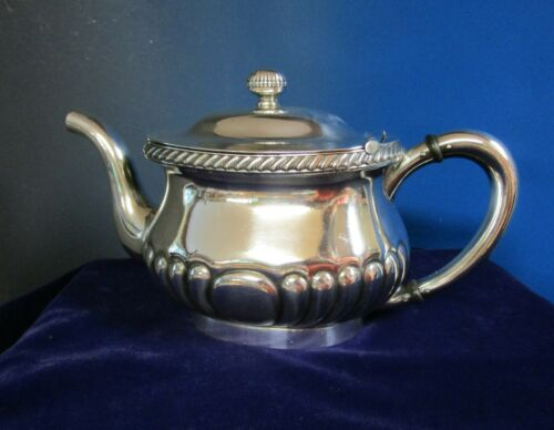 US NAVY Tea Pot Silverplate USN 2901 Reed & Barton Gadroon Details