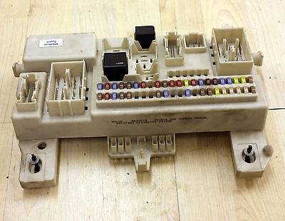 Fuse Box likewise Watch likewise Volvo S40 Front Seat Airbag Wiring further  on 2004 volvo s40 t5 fuse box