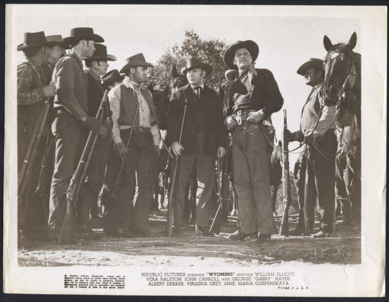 Wyoming '47 JOHN CARROLL WITH GUNMEN RIFLES WESTERN