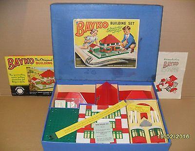 ORIGINAL, VINTAGE 1959 BAYKO BUILDING SET 2 BOXED. EXCELLENT CONDITION.