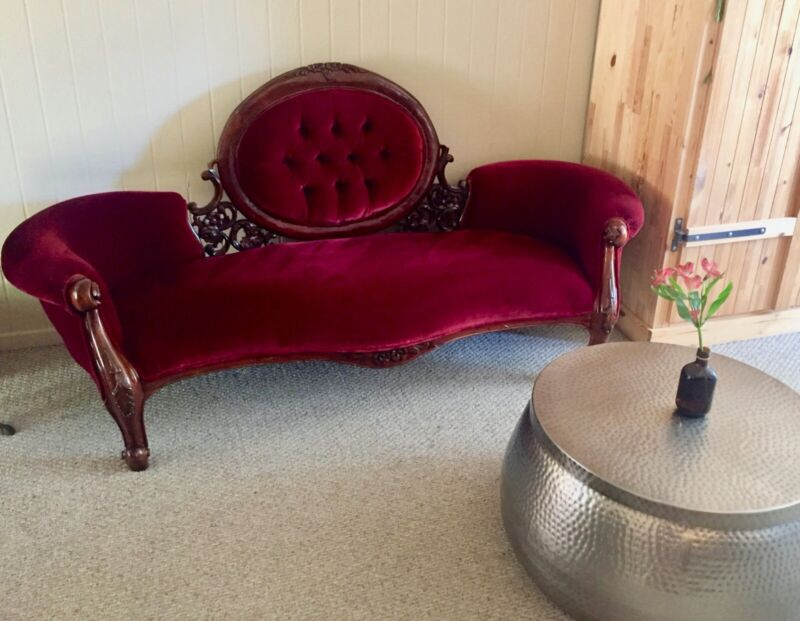 vintage sofa, red velvet, perfect condition, stunning wooden details,72x28x39