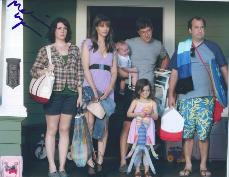 Melanie Lynskey Signed Autographed 8x10 Photo Togetherness C