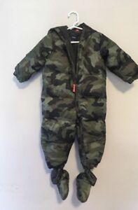 0-6 months baby gap snowsuit + hand and feet covers