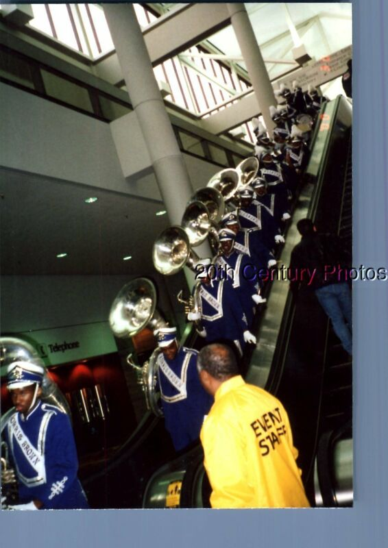 FOUND COLOR PHOTO K+9373 VIEW OF MARCHING BAND POSED UP ESCALATOR