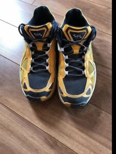 Like New Boombah Shoes