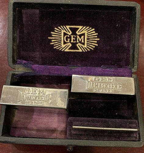 Vintage Gem Damaskeene Cutlery Co. Velvet Lined Case & 2 Blade Holder, 8 Blades