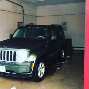 Clean 2008 Jeep Liberty limited