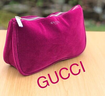 🆕GUCCI BURGUNDY RED VELVET Travel Pouch MAKE UP BAG COSMETIC BAG Free (Gucci Delivery)
