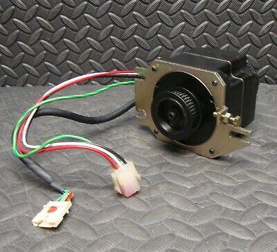 Otc Daihen W-l01050 Ac Servo Motor 100 W 3000 Rmin Rpm Robot