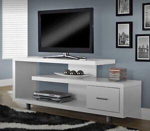 TV multimedia console BNIB