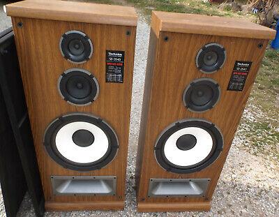 Vintage Technics SB-2840 Super Bass Loading Floor Speakers 3 Way 200 Watt