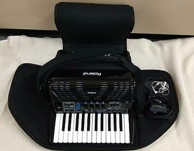 ROLAND FR-1X BK DIGITAL V-ACCORDIAN IN RED SOFT BAG W/ CORD EXCELLENT CONDITION