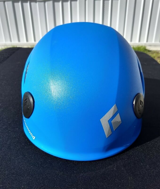 Black Diamond Half Dome Helmet - Blue M/ L, Used 3 or 4 times LOCAL PICK UP ONLY