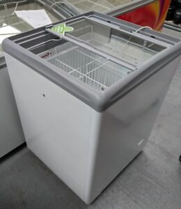 AHT RIO H 68G Wall's Commercial Chest Ice-Cream Freezer Grade A, GREAT CONDITION