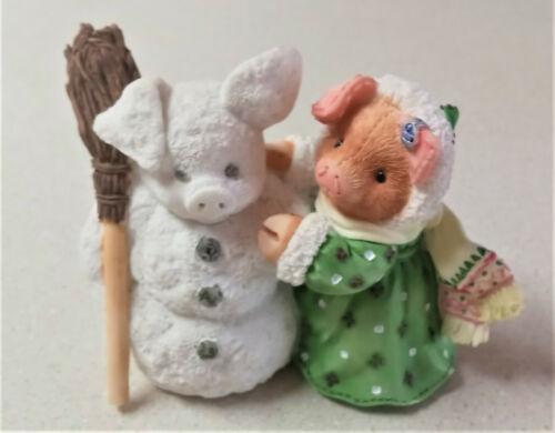 This Little Piggy 1995 Enesco Figurine. I Ham Dreaming Of A White Christmas!