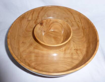 Bribie Pine Turned Wooden Lazy Susan Bowl - on Ball Bearings Kallangur Pine Rivers Area Preview