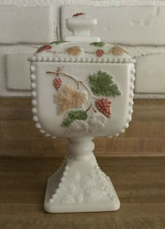Westmoreland Hand-Painted Beaded Edge Footed Bowl with Lid