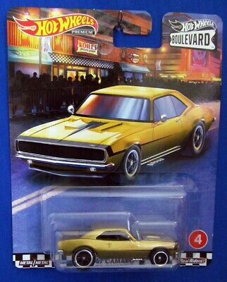 2020 Hot Wheels Premium Boulevard GOLD '67 CAMARO w/Real Riders