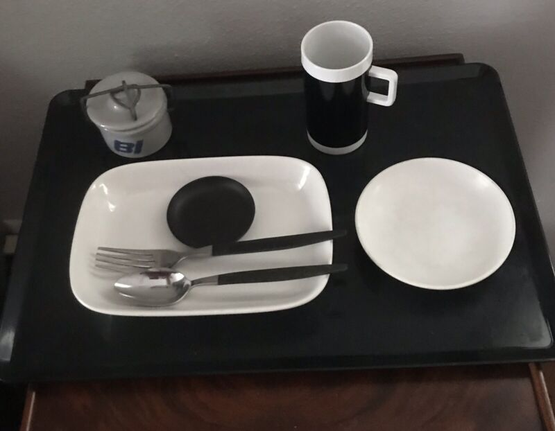 Braniff Airlines Large Tray Set