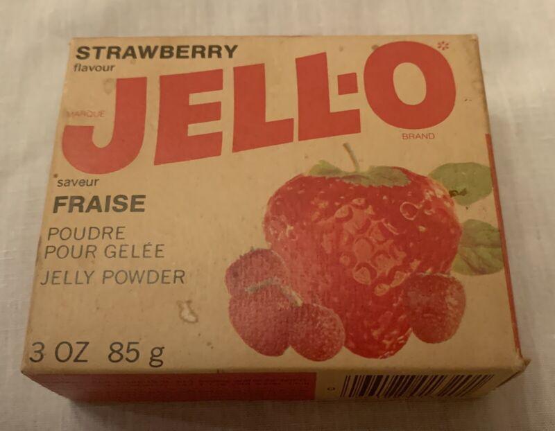 Vintage JELL-O Strawberry Sealed Box Canada French & English