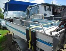 GREAT FISHING BOAT BROOKER   4.120 MTRS     EX  CON MANY EXTRAS Kempsey Kempsey Area Preview
