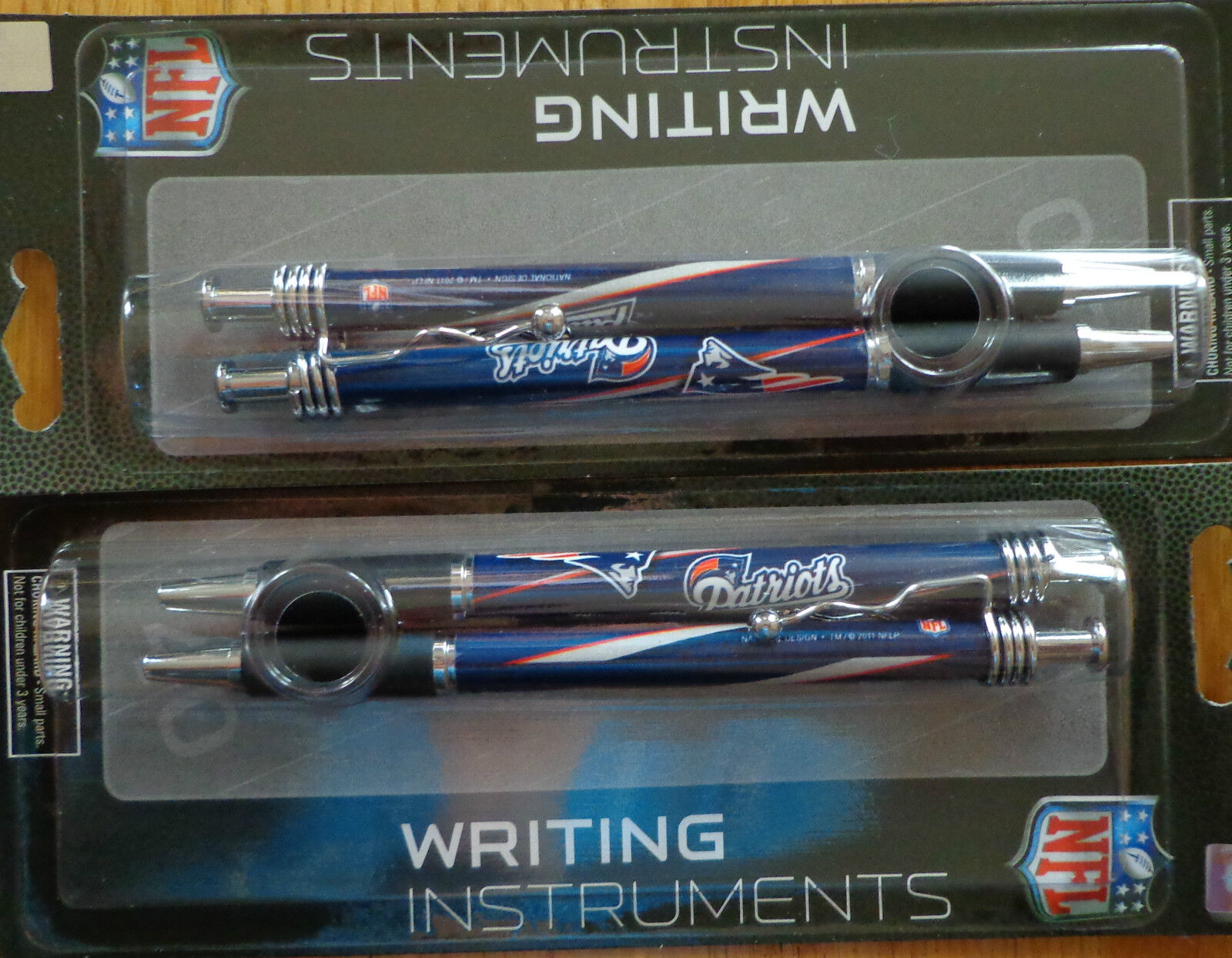 ( 4 PENS ) NFL Team Color Click Pens Jazz Style - BLACK INK - Official Licensed