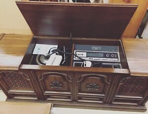 Record player/cabinet