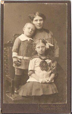 CDV photo Feine Dame mit kleinen Kindern - Osterburg 1900er