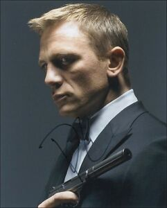 SkyFall-Star-Daniel-Craig-James-Bond-007-Reprint-Signed-8x10-Photo-Picture-Print