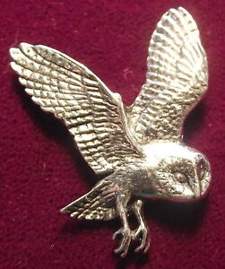 Superb Pewter Flying Owl Brooch Pin : Craftsman Signed