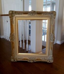 BEAUTIFUL VINTAGE ORNATE SHABBY CHIC CARVED WOOD FRAMES & LAMPS