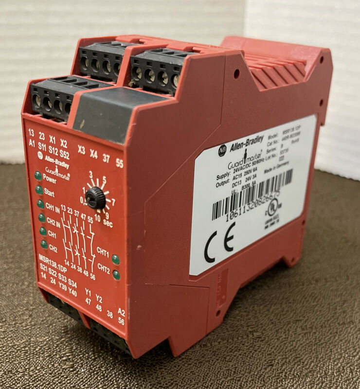 Allen Bradley 440R-M23088 MSR138.1 DP Safety Relay 24VAC/DC 2NO,2NO+1NC